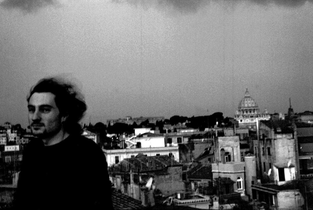 Giò sur le toit du Palazzo di Monte Giordano. Le reste : Rome