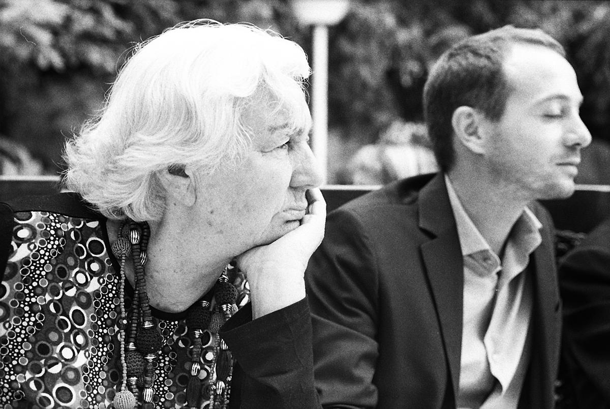 Ginette Lemaitre & Vincenzo Susca prennent le soleil