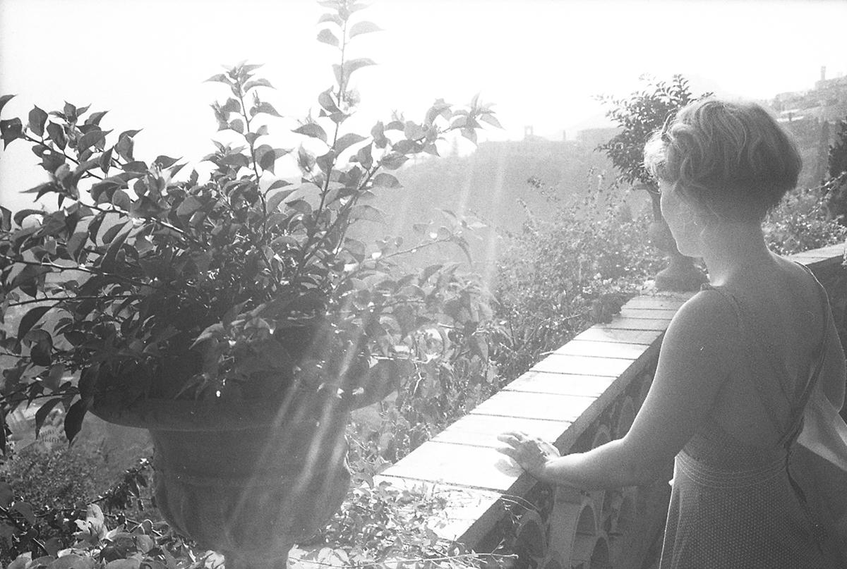 C'est l'horizon de Taormina qui te regarde, Lue