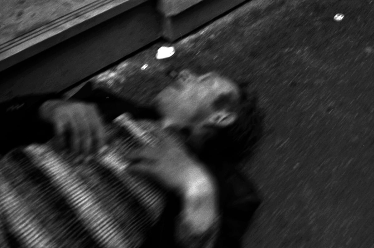 Mort rue d'Argenteuil (derrière le Monoprix Opéra)